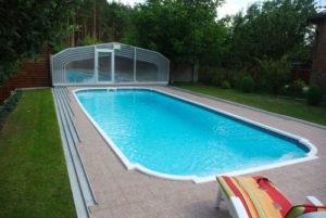 Обслуживание бетонного и композитного бассейна