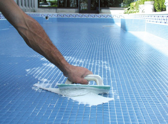 Реставрация бетонной чаши бассейна