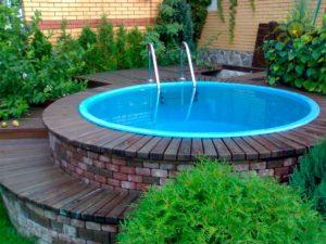 Сколько стоит построить бассейн на участке