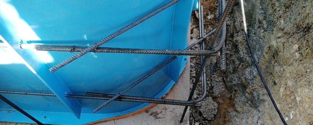 Закончено строительство открытого бассейна в коттеджном поселке «НЕБО»
